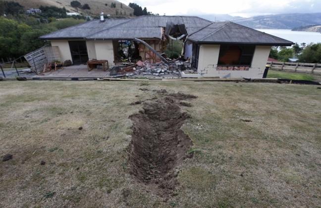 CHch quake boulder